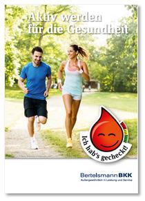 Eine Frau und ein Mann joggen.