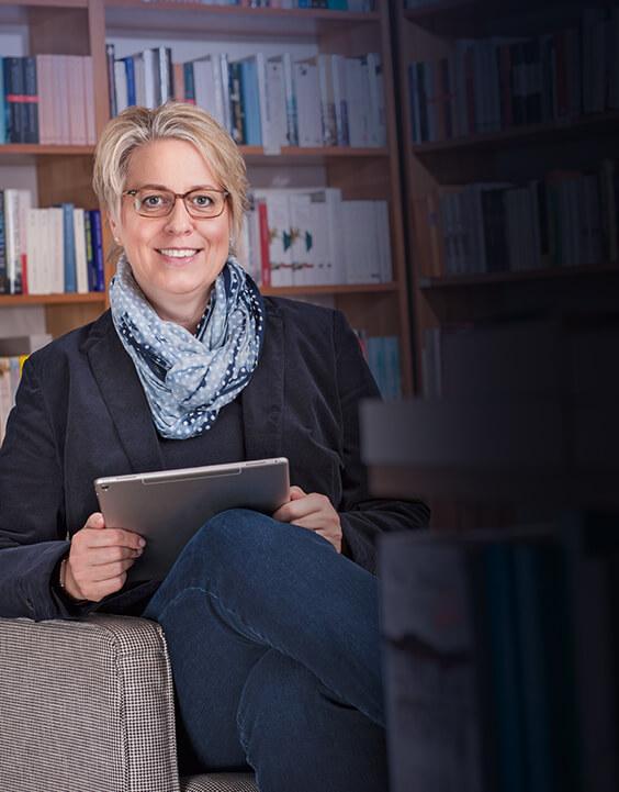Porträt von Stefanie Dietrich